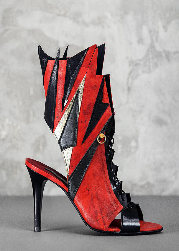 Red assimetric boots